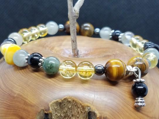 Bracelet sur le thème du foie