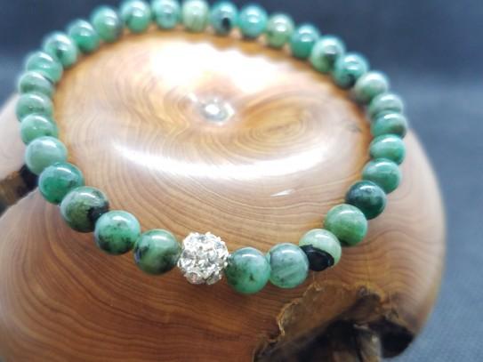 Bracelet en perles d'émeraude